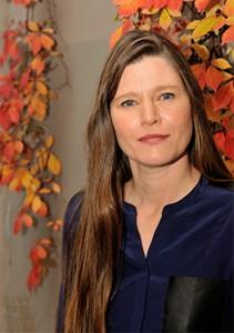 Julie Salvador, synergologue